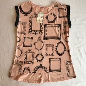 Bongo Pink Top with Black Frames Small